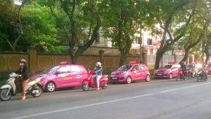 Taxi Hoàng Anh